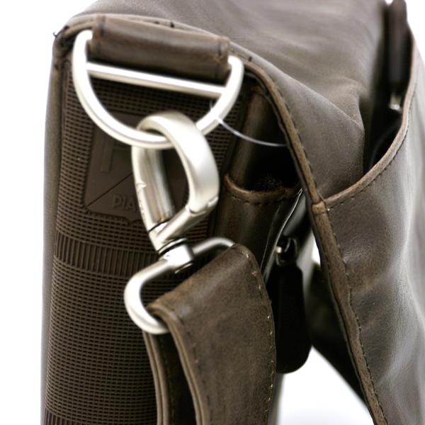 Vespa iPAD Schultertasche Forme Leder schwarz klein